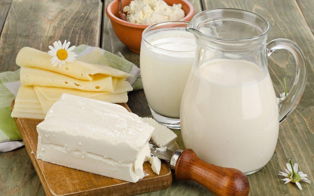Народные средства выведения радиации — молоко.